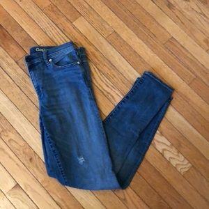 Gap Jeans, light distress